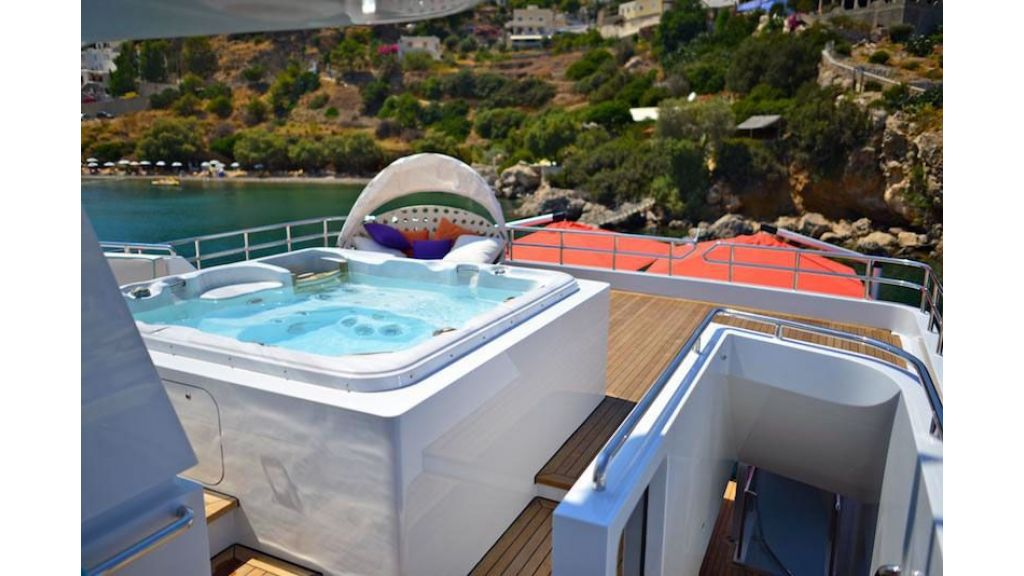 Alumercia Motor Yacht (10)