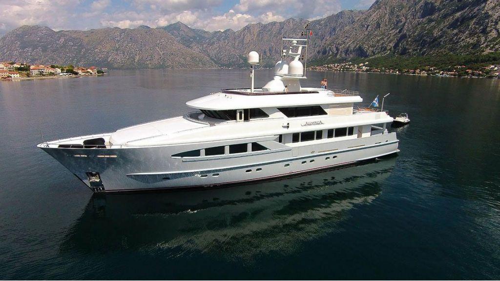 Alumercia Motor Yacht master