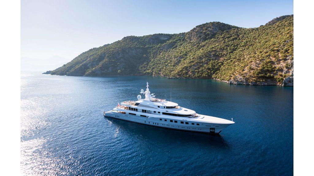 Axioma- Mega Yacht (17)