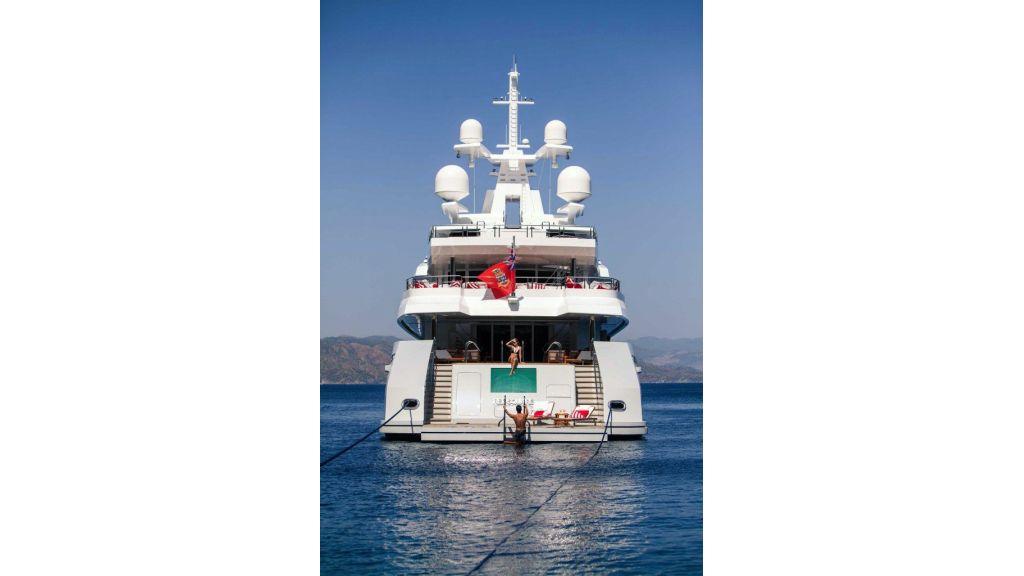 Axioma- Mega Yacht (21)