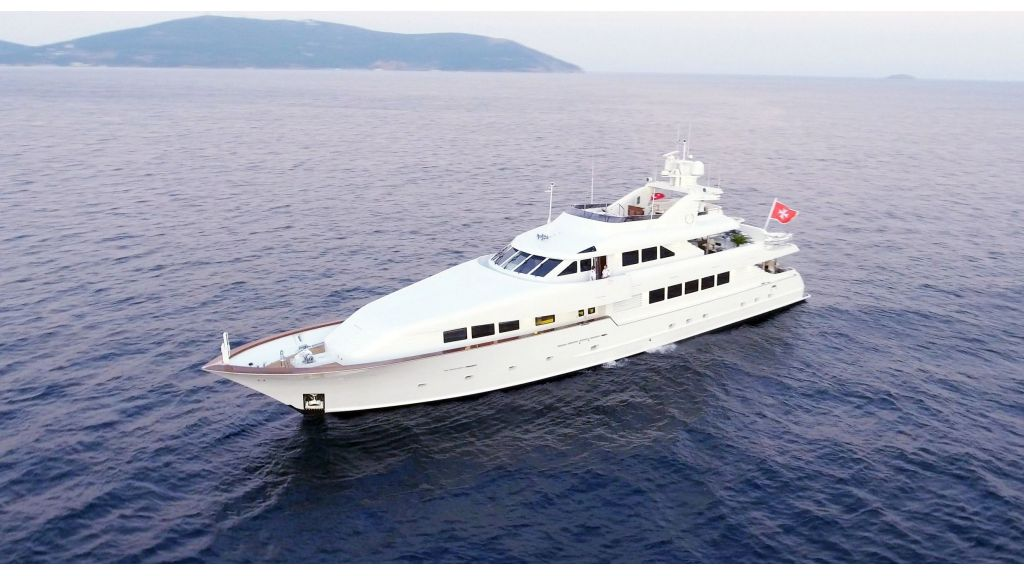 Destıny Luxury Motor Yacht (2)