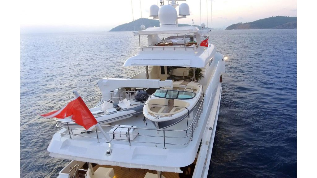 Destıny Luxury Motor Yacht (8)