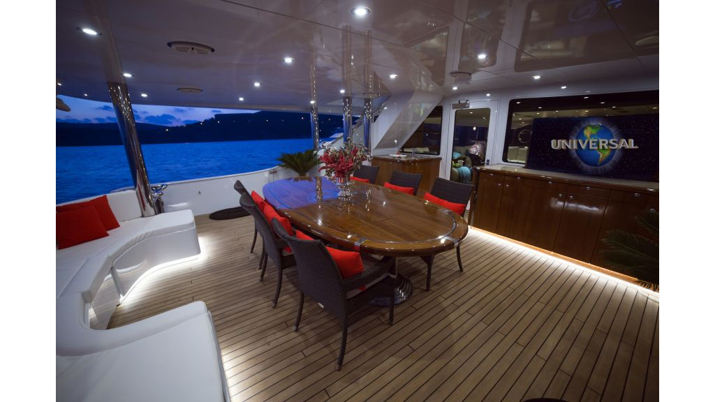 Destıny Luxury Motor Yacht master..