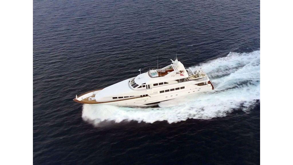 Destıny Luxury Motor Yacht master