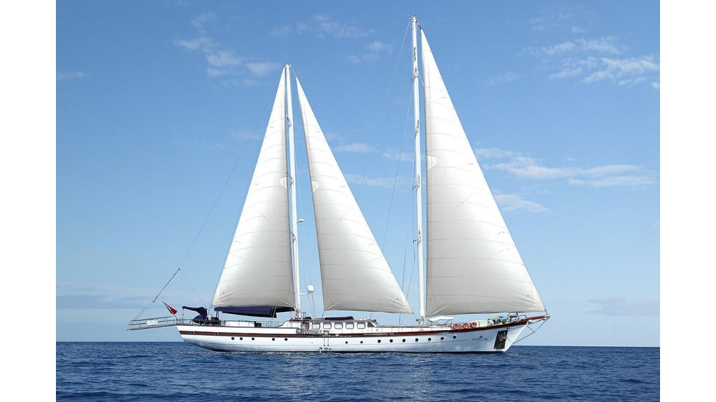 nautilus-sailing-yacht (1)