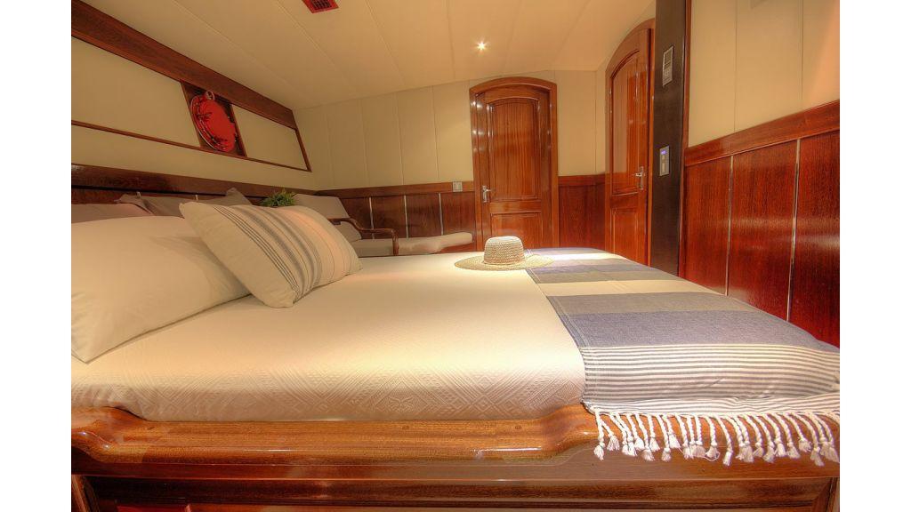 nautilus-sailing-yacht (15)