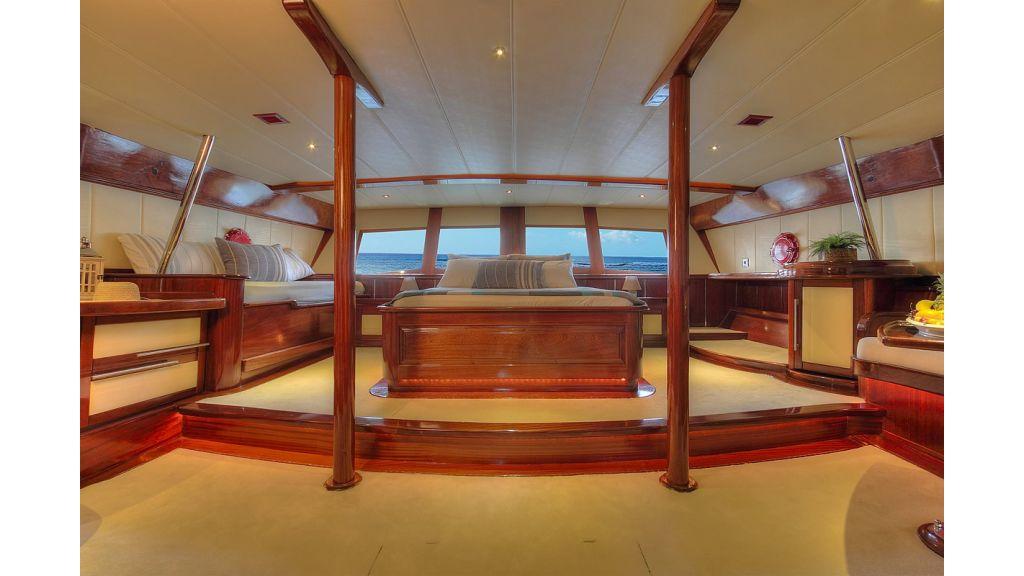 nautilus-sailing-yacht (26)