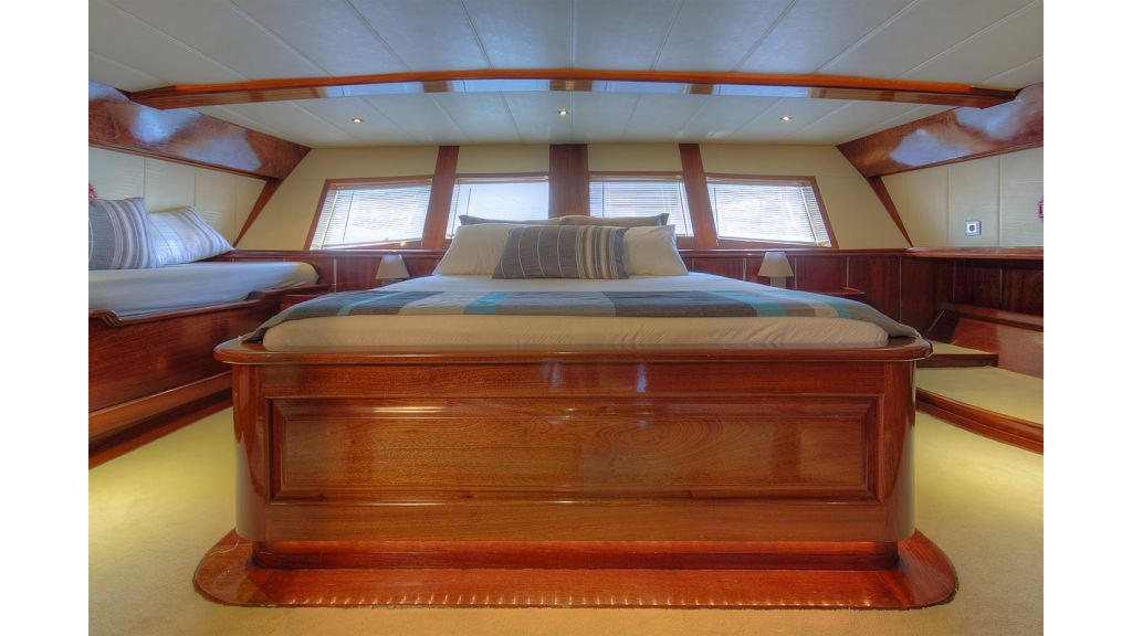 nautilus-sailing-yacht (27)
