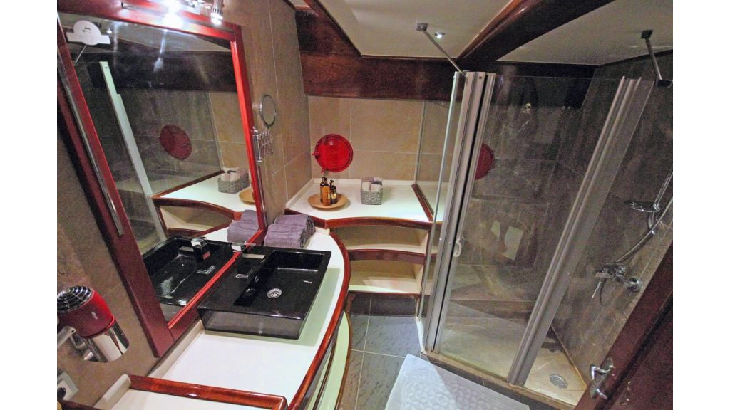 nautilus-sailing-yacht (32)