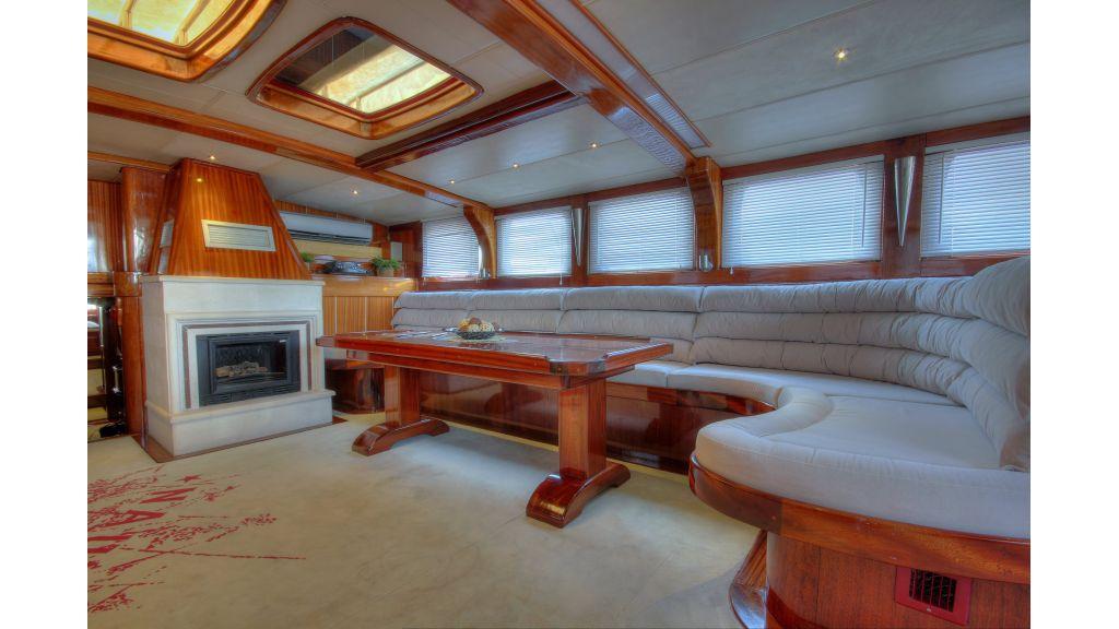 nautilus-sailing yacht master