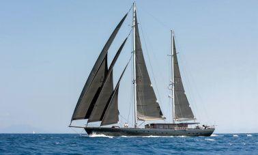 Rox Star Sailing Yacht (1)