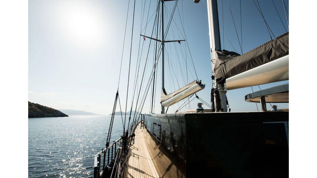 Rox-Star-Sailing Yacht (24)