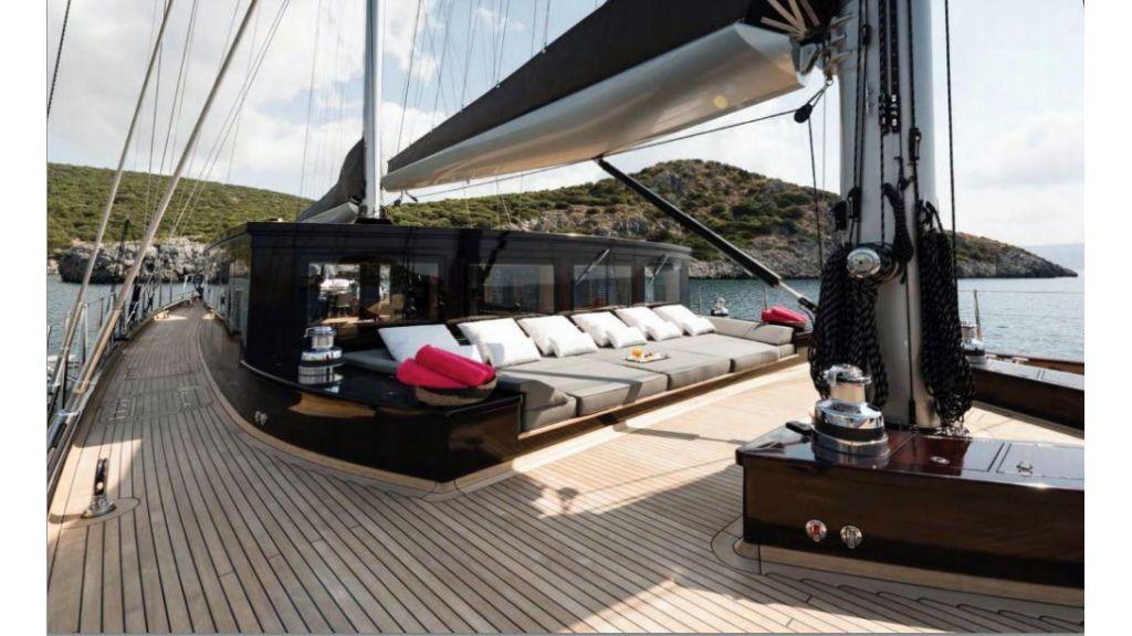 Rox-Star-Sailing Yacht (3)