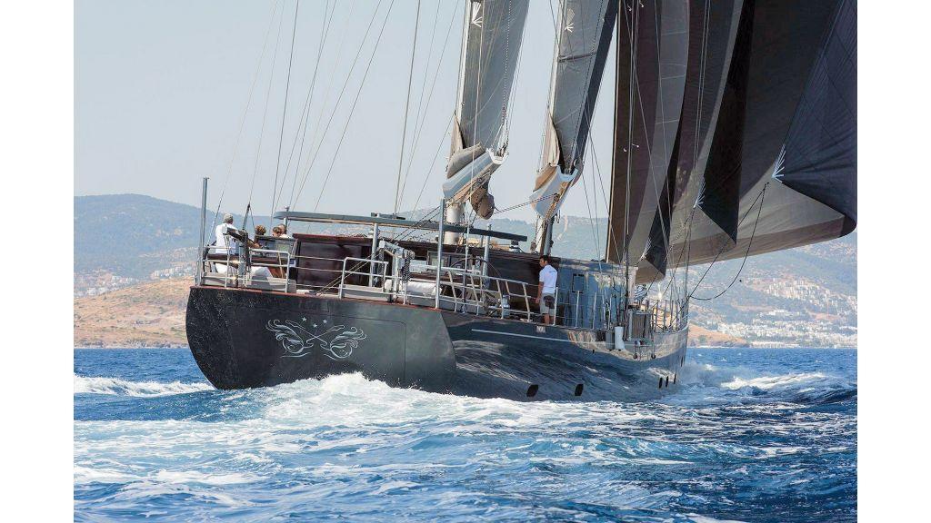 Rox Star Sailing Yacht (31)