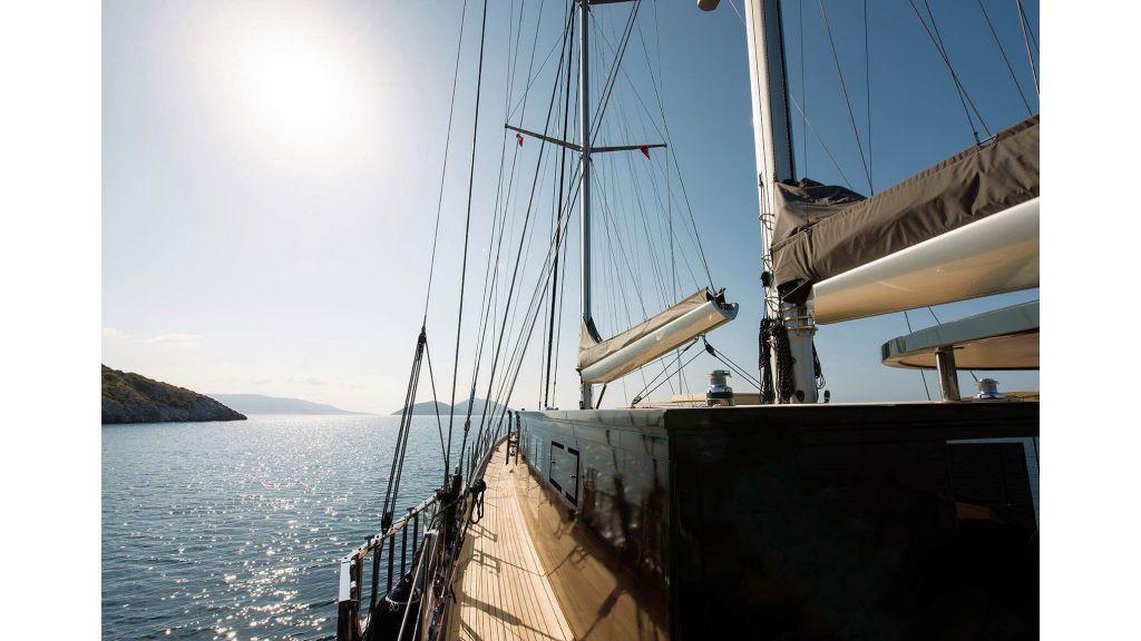 Rox Star Sailing Yacht (32)