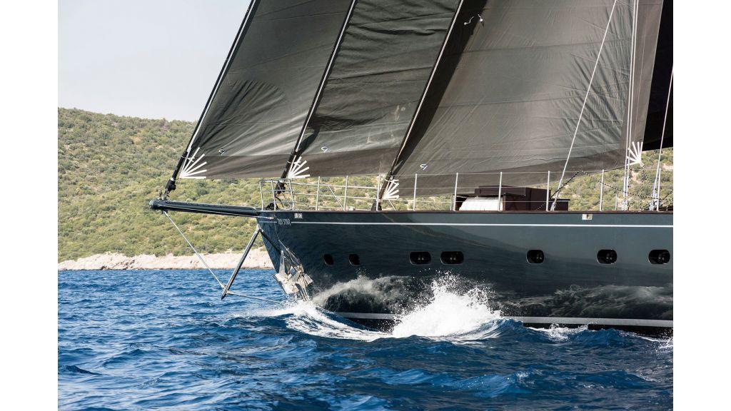 Rox-Star-Sailing Yacht