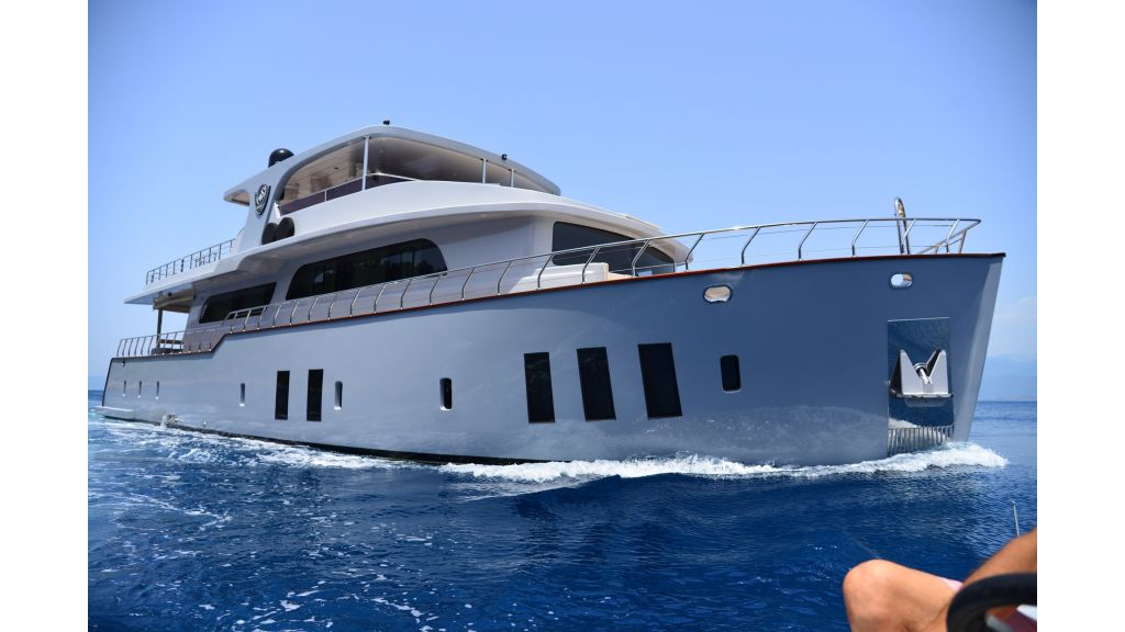 Simay F-Custom-motor yacht (3)