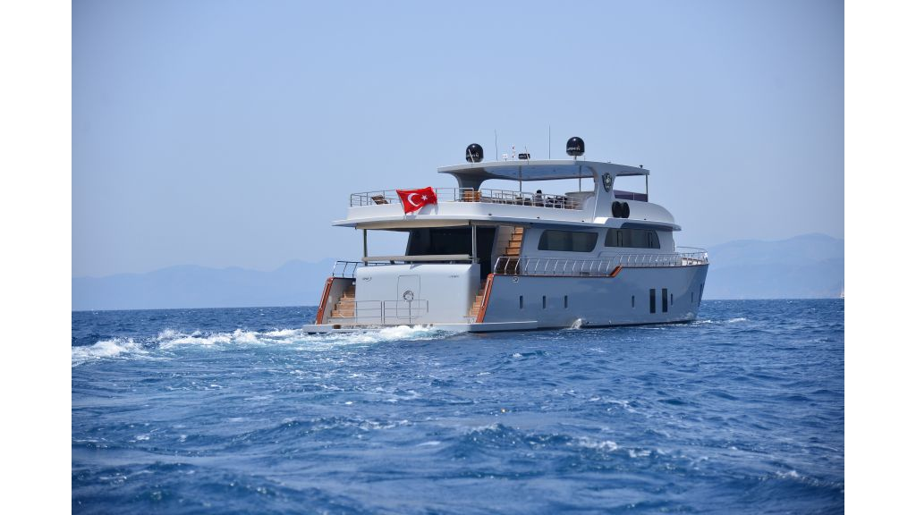 Simay F-Custom-motor yacht (5)