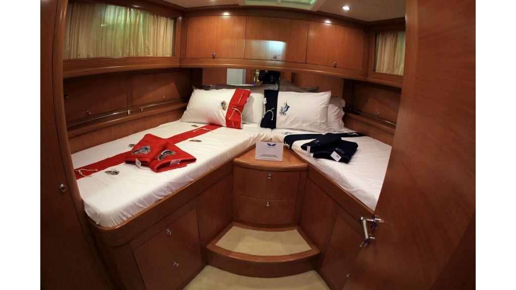 Cyssus Motor Yacht (14)