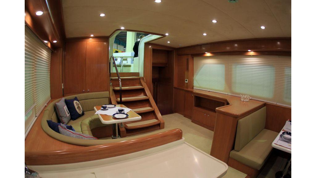 Cyssus Motor Yacht (3)