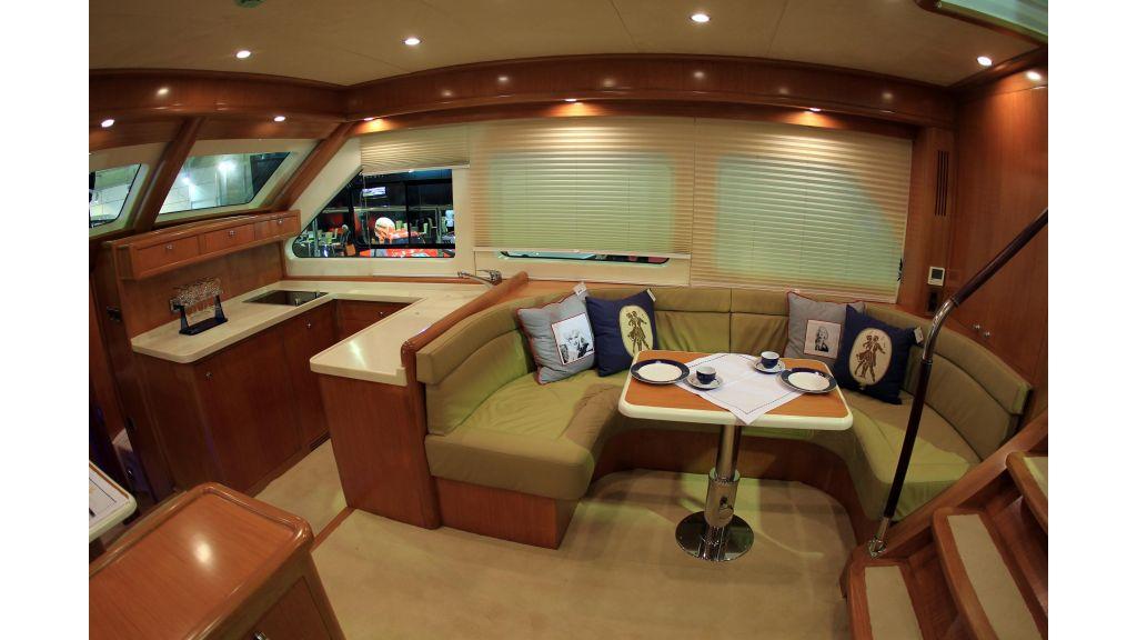 Cyssus Motor Yacht (4)