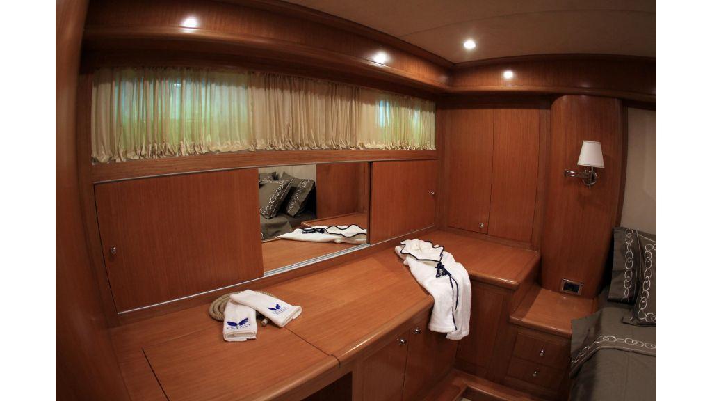 Cyssus Motor Yacht (8)