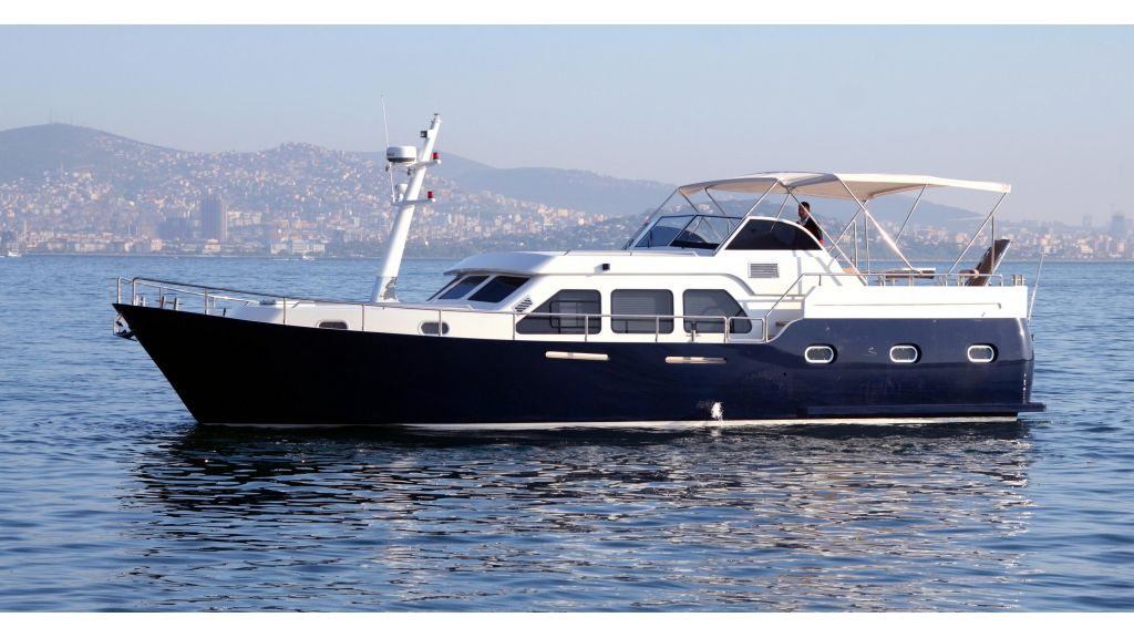 Cyssus Motor Yacht master