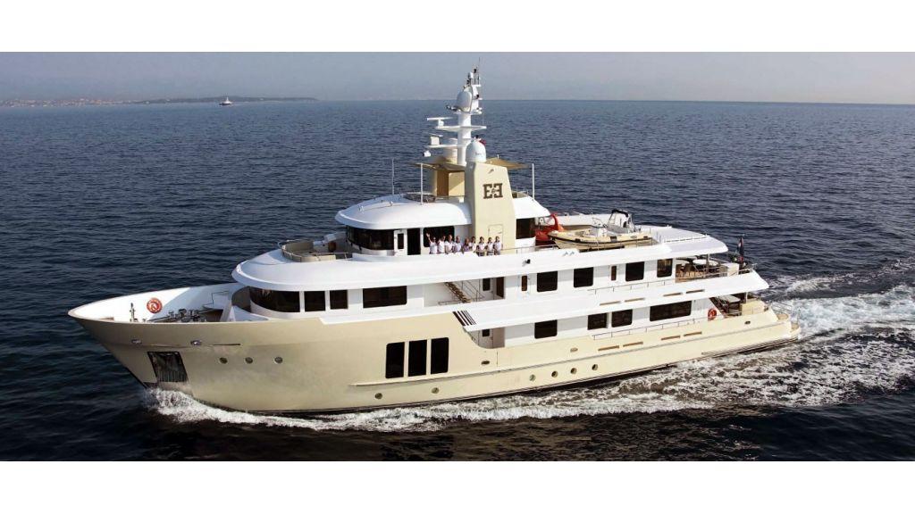E&E-Luxury-Motor Yacht.