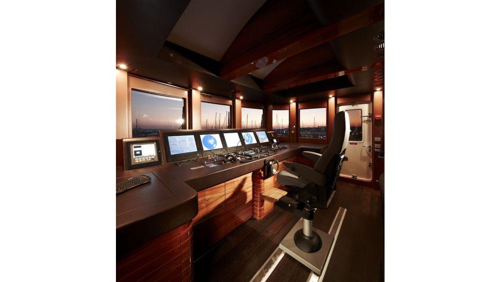 E&E Luxury Motor Yacht (24)