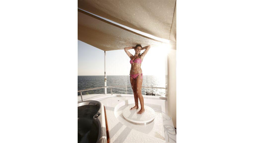 E&E Luxury Motor Yacht (28)