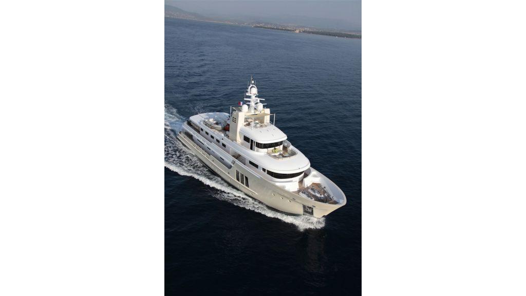 E&E Luxury Motor Yacht (32)