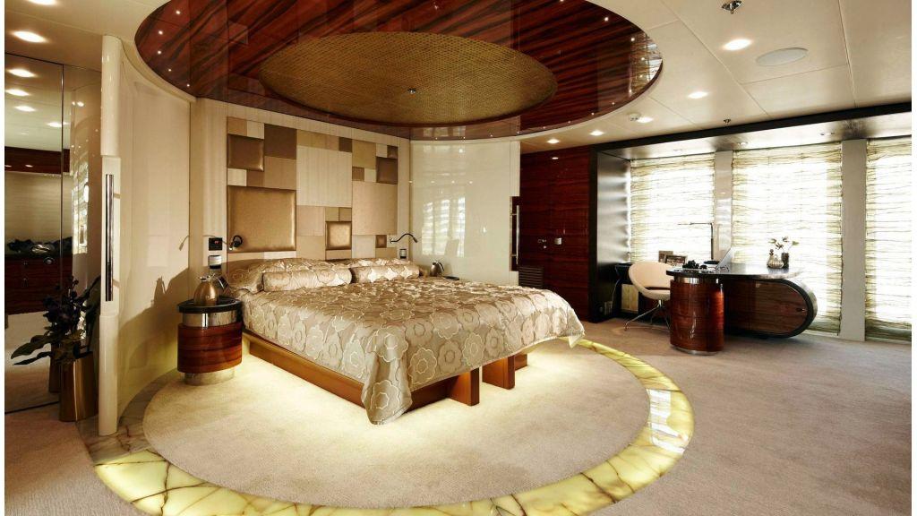 E&E-Luxury-Motor Yacht  master (40)