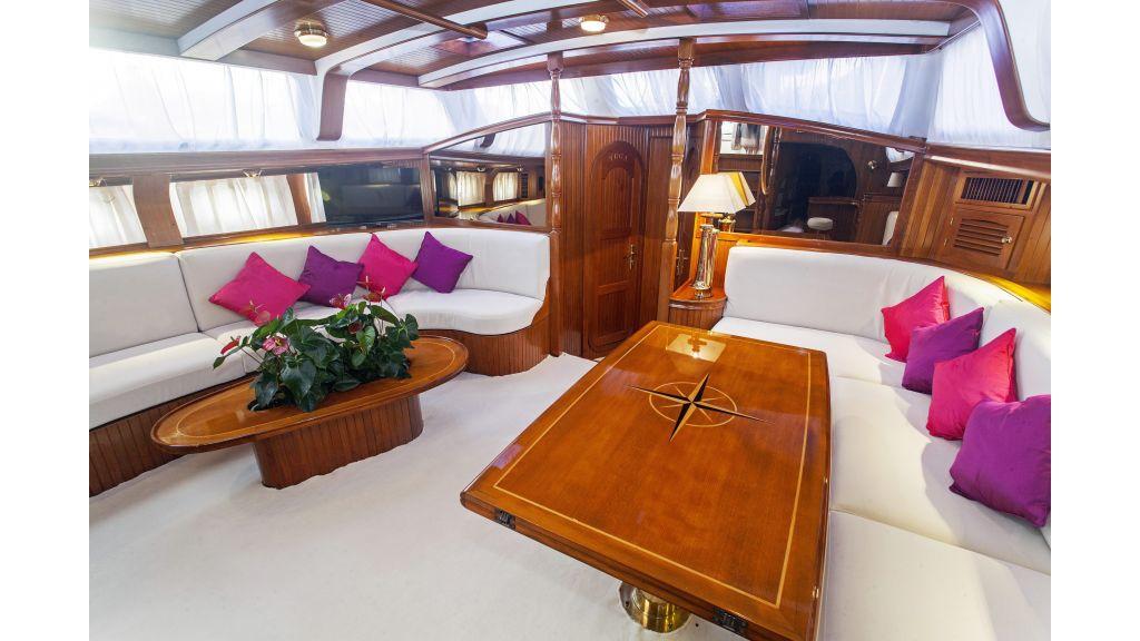 Lady Nathalie Luxury Sailing Yacht (12)