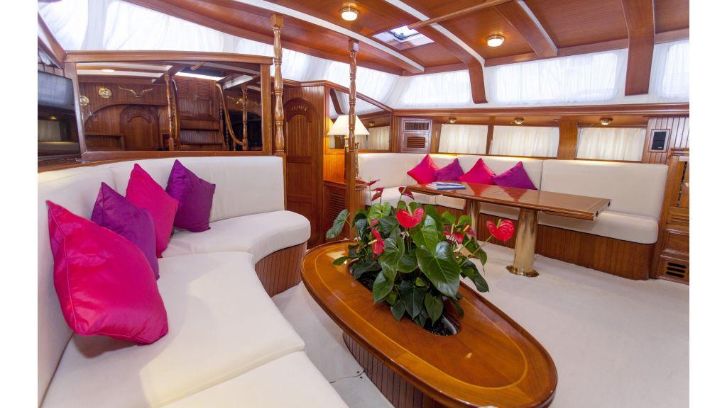 Lady Nathalie Luxury Sailing Yacht (13)
