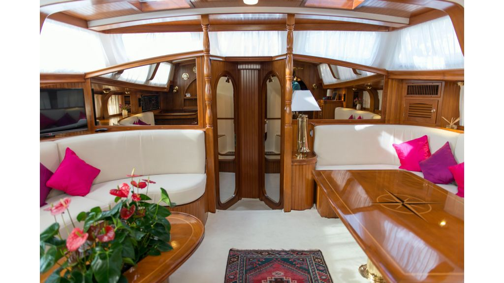 Lady Nathalie Luxury Sailing Yacht (18)