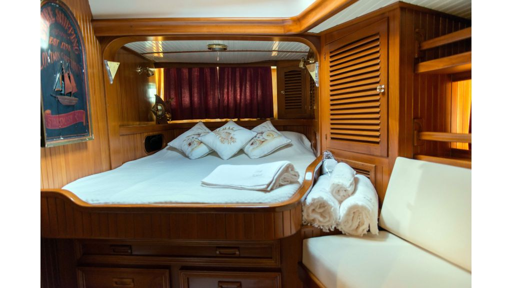 Lady Nathalie Luxury Sailing Yacht (30)