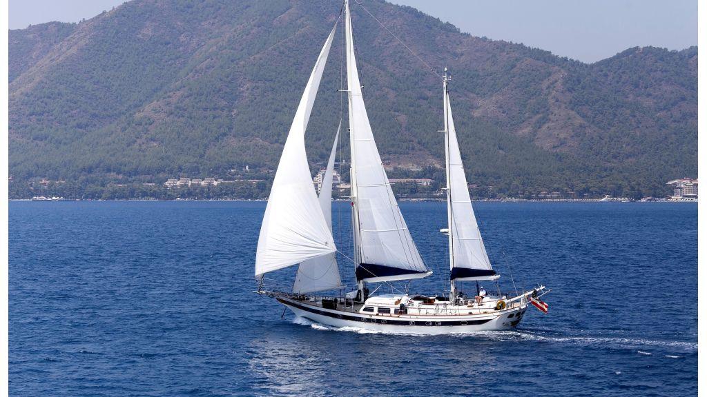 Lady Nathalie Luxury Sailing Yacht (38)
