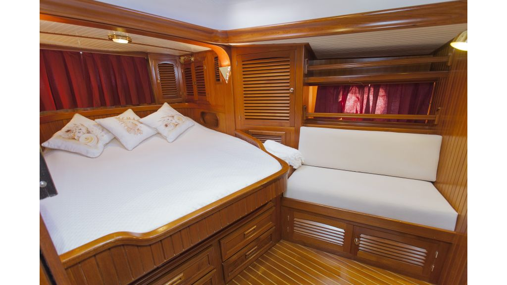 Lady Nathalie Luxury Sailing Yacht (4)