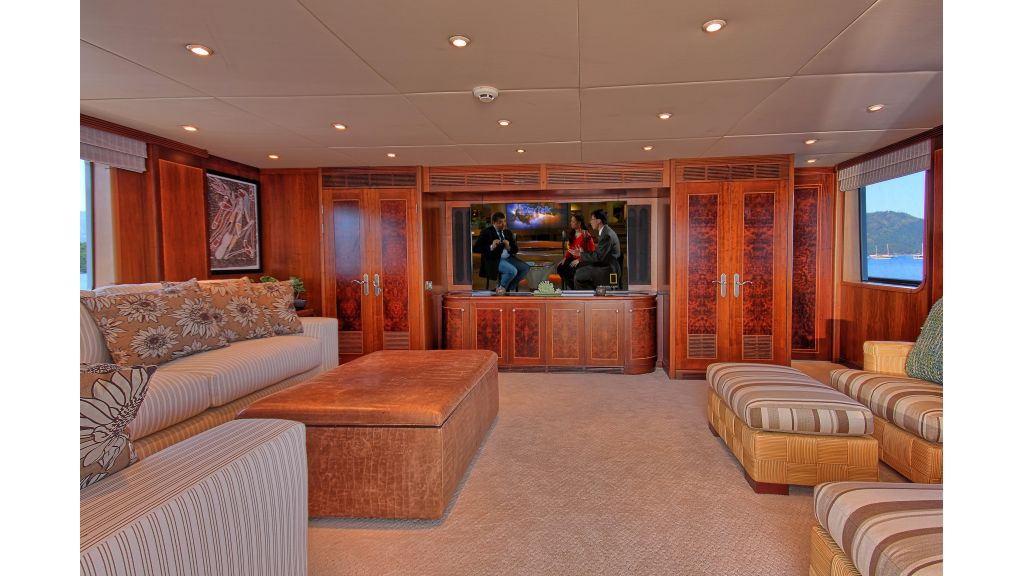Monte-Carlo-Luxury Motor Yacht (11)