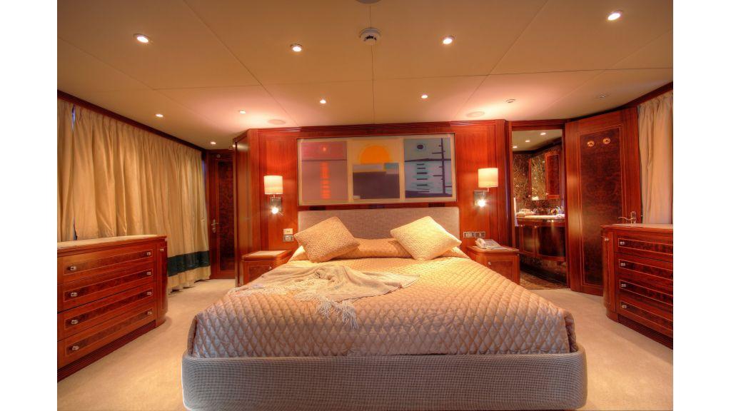 Monte-Carlo-Luxury Motor Yacht (13)
