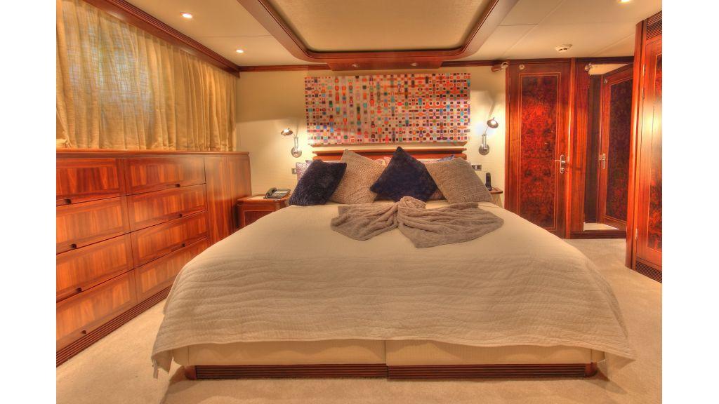 Monte-Carlo-Luxury Motor Yacht (14)