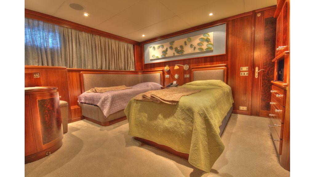 Monte-Carlo-Luxury Motor Yacht (15)