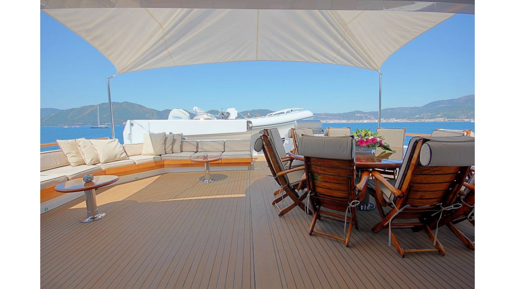 Monte-Carlo-Luxury Motor Yacht (2)