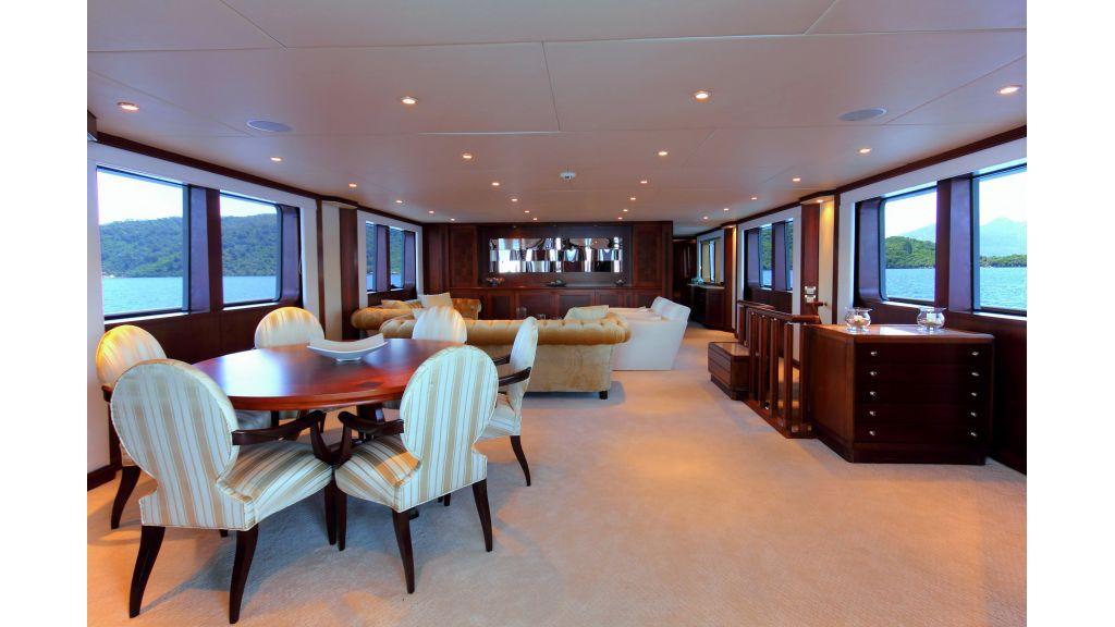 Monte-Carlo-Luxury Motor Yacht (4)