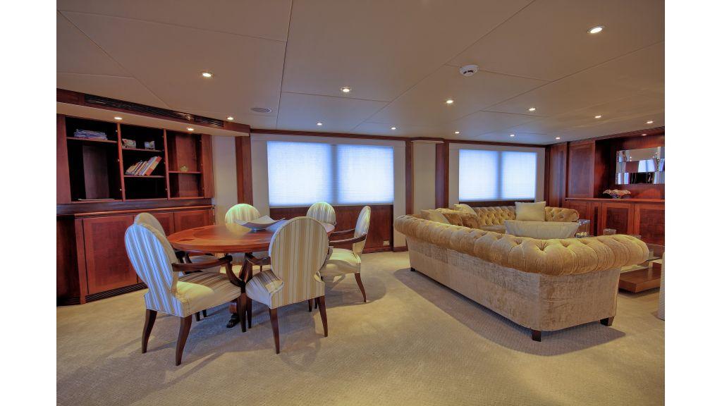 Monte-Carlo-Luxury Motor Yacht (52)