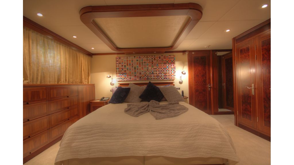 Monte-Carlo-Luxury Motor Yacht (6)