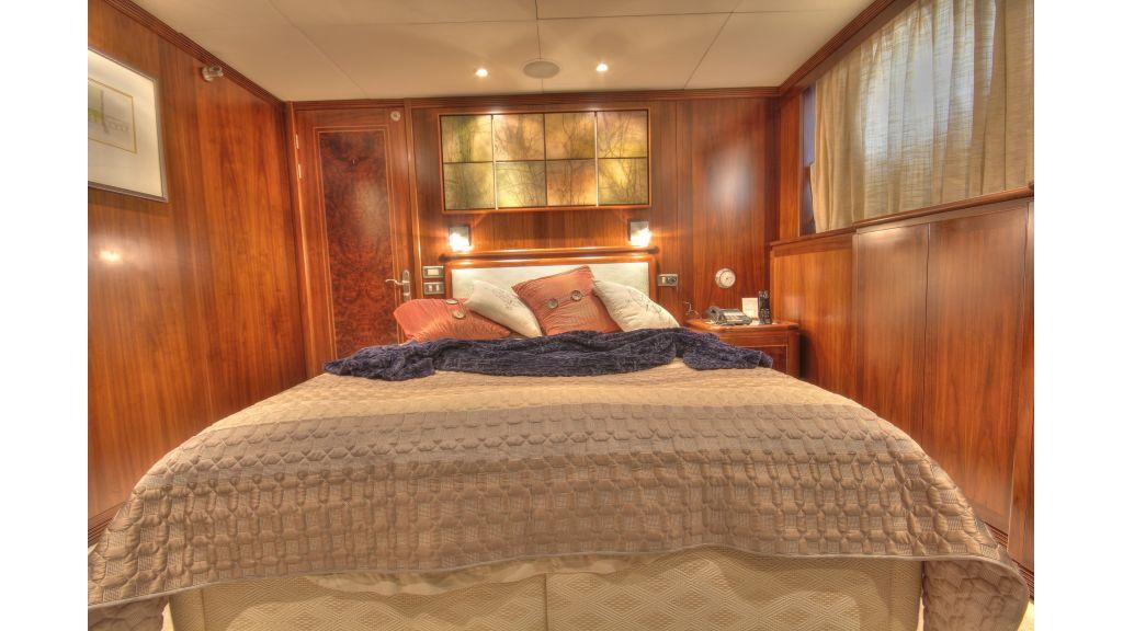Monte-Carlo-Luxury Motor Yacht (8)