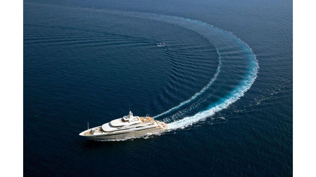 opari-3-supr-yacht-1