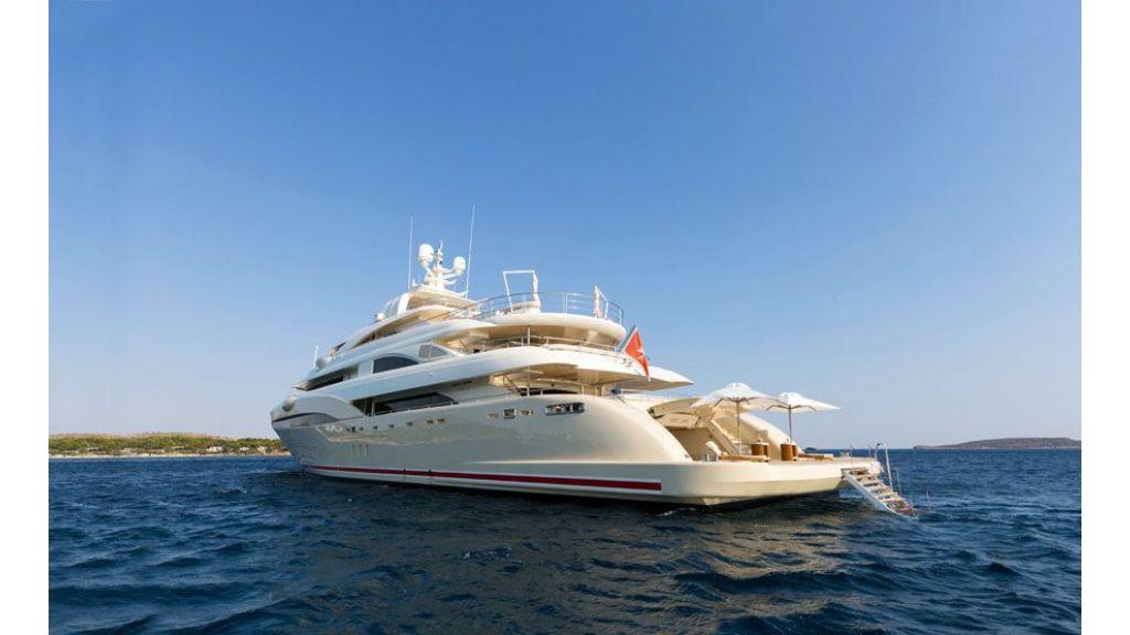 opari-3-supr-yacht-7