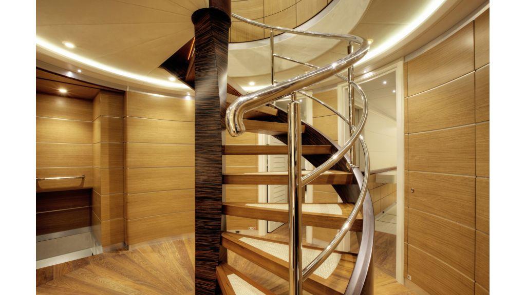 Quaranta Central stairs